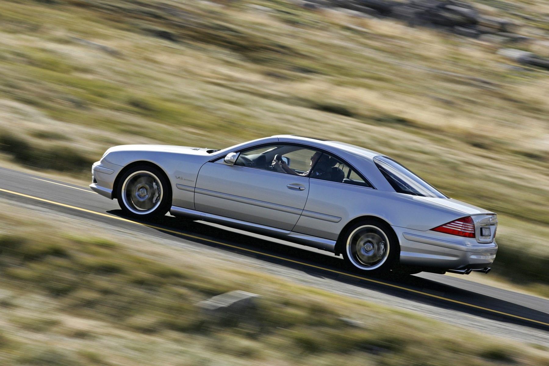 Mercedes-Benz CL500 at speed