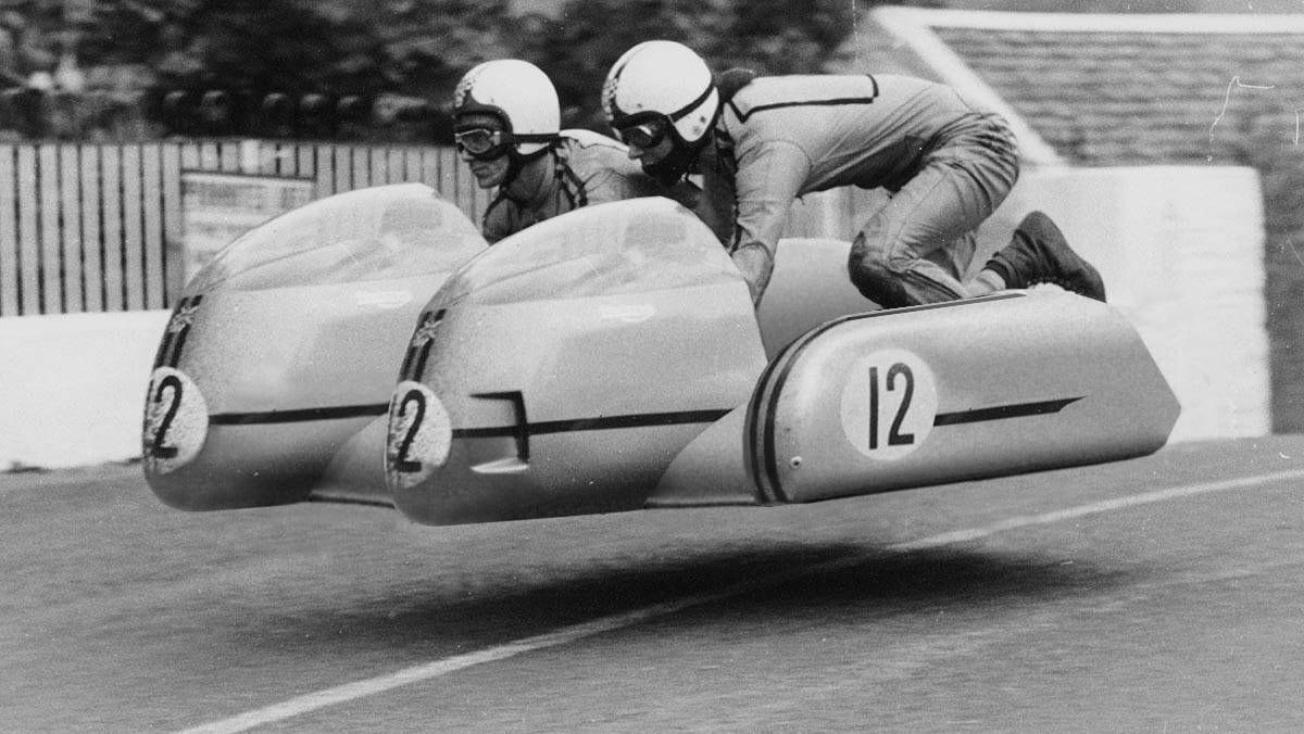 Vintage Hovercraft Racing