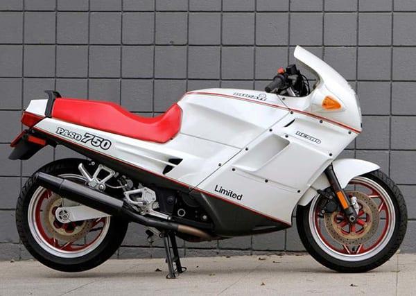 Ducati Paso 750 Limited