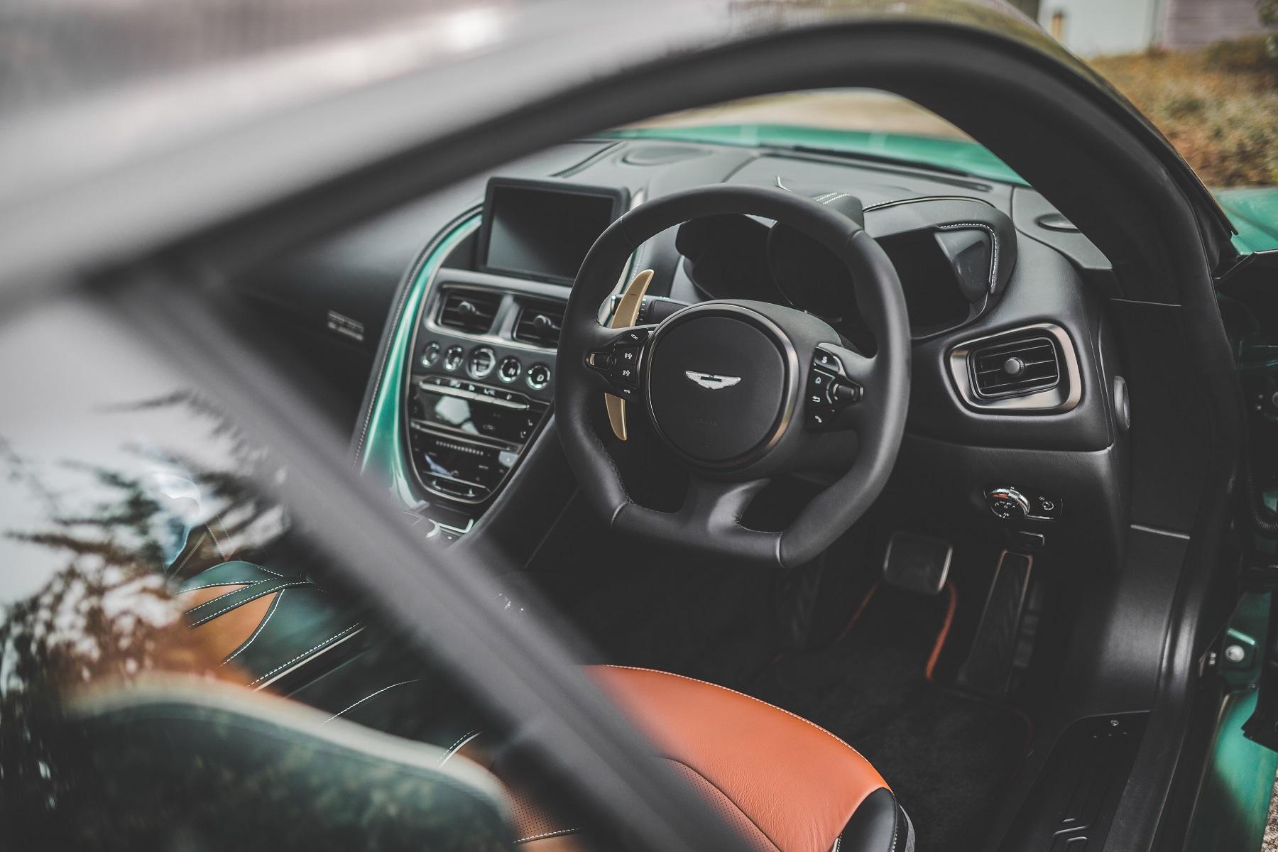 Aston_Martin_DBS_59_Edition