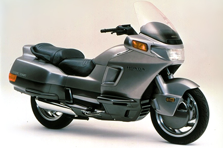 Honda PC800 Pacific Coast