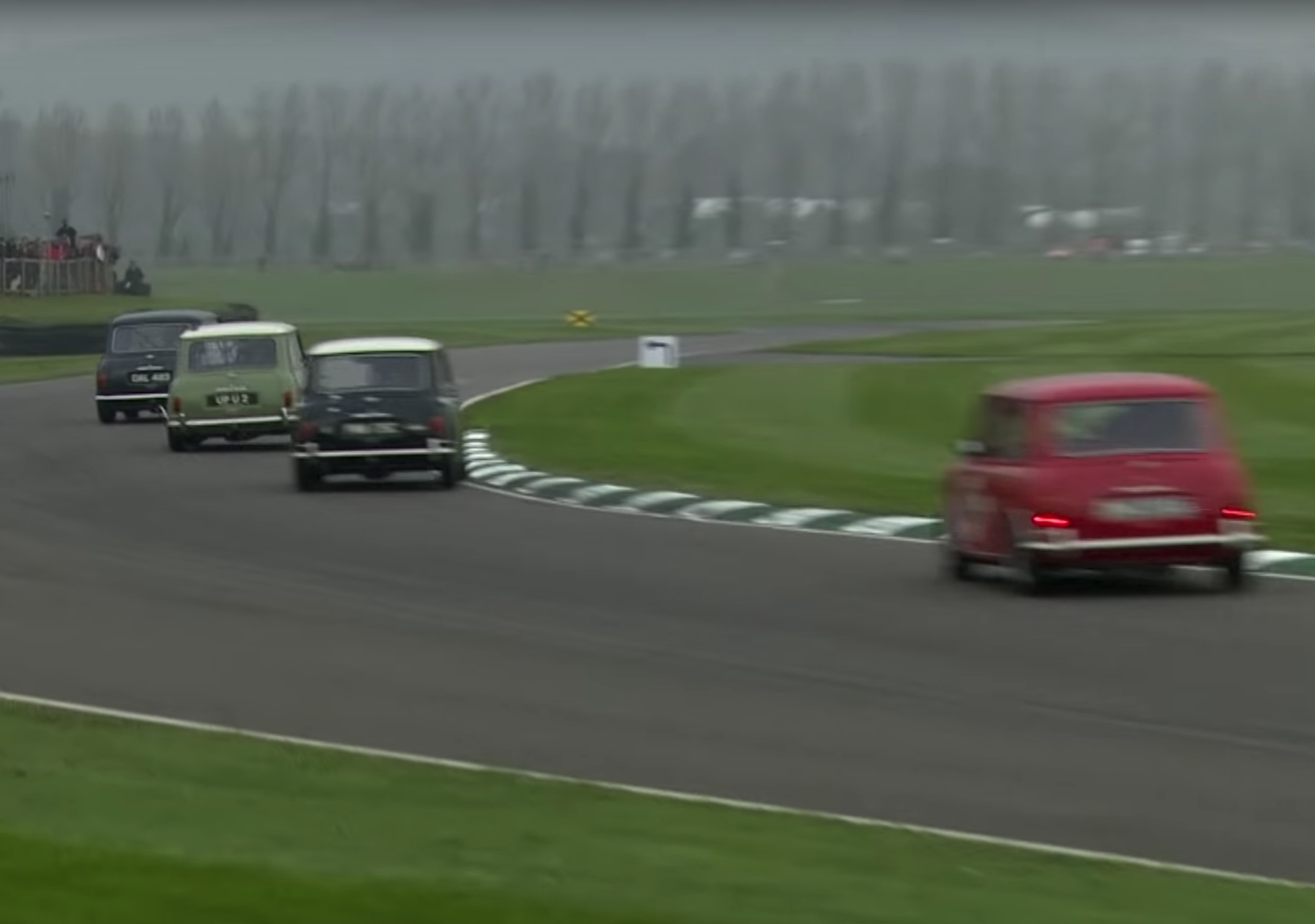 classic mini race at goodwood member's meeting