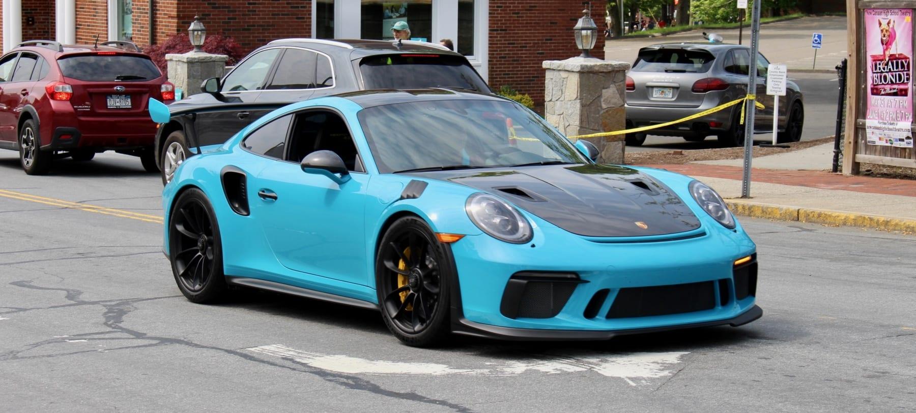 Miami Blue Porsche 911