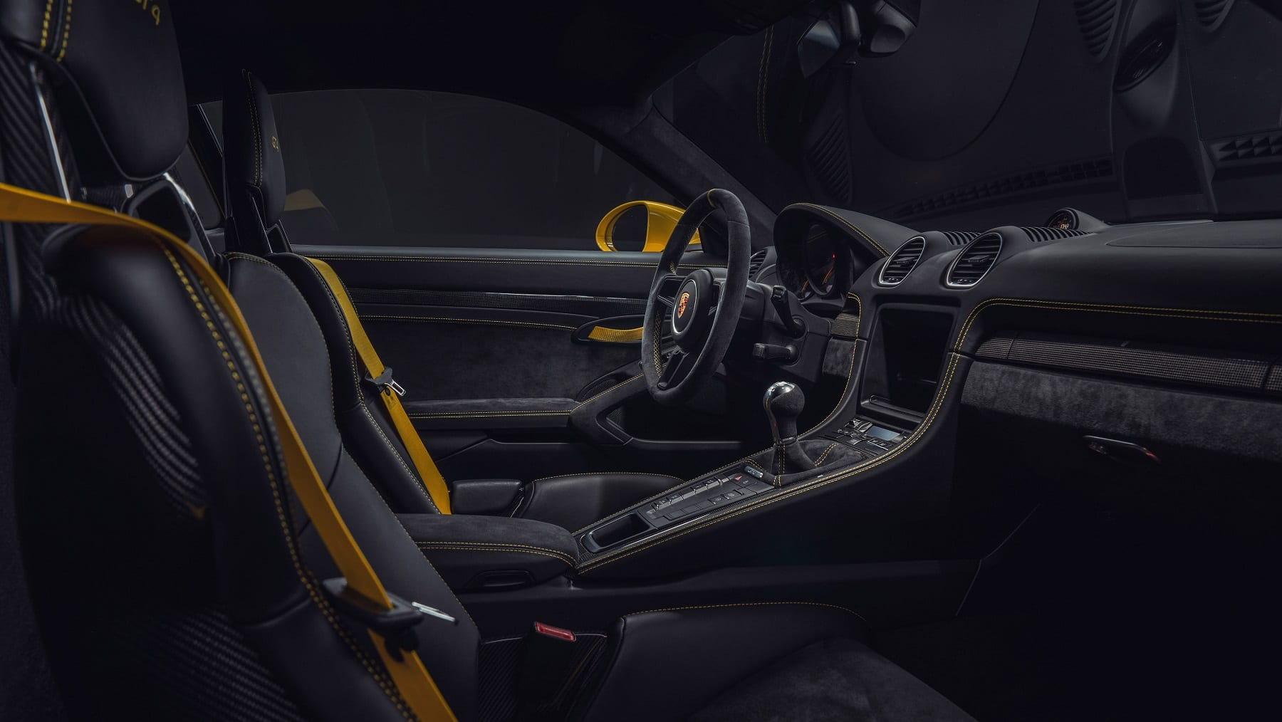 high_718_cayman_gt4_2019_porsche_ag (2)