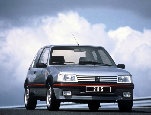 Dressed for Excess: Peugeot 205 GTi 1.9 vs 205 XS