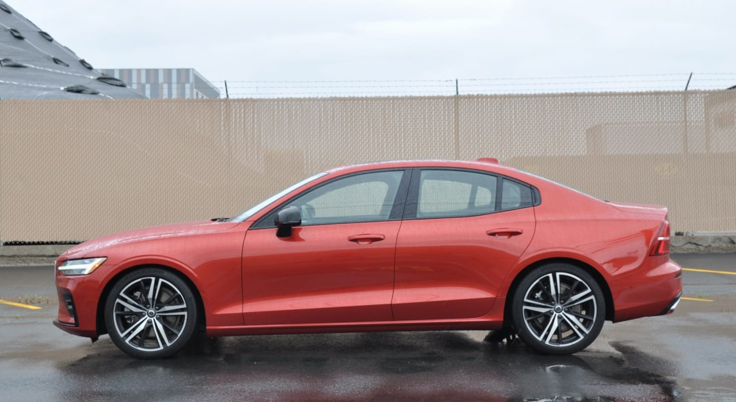 Volvo S60 T6 >> Review 2019 Volvo S60 T6 R Design Your Bimmer Replacement