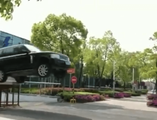Watch this Range Rover soar… and then ponder the repair bill