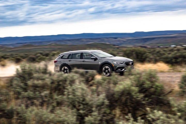 2018-Buick-Regal-TourX-Oregon-Trail-Drive-020
