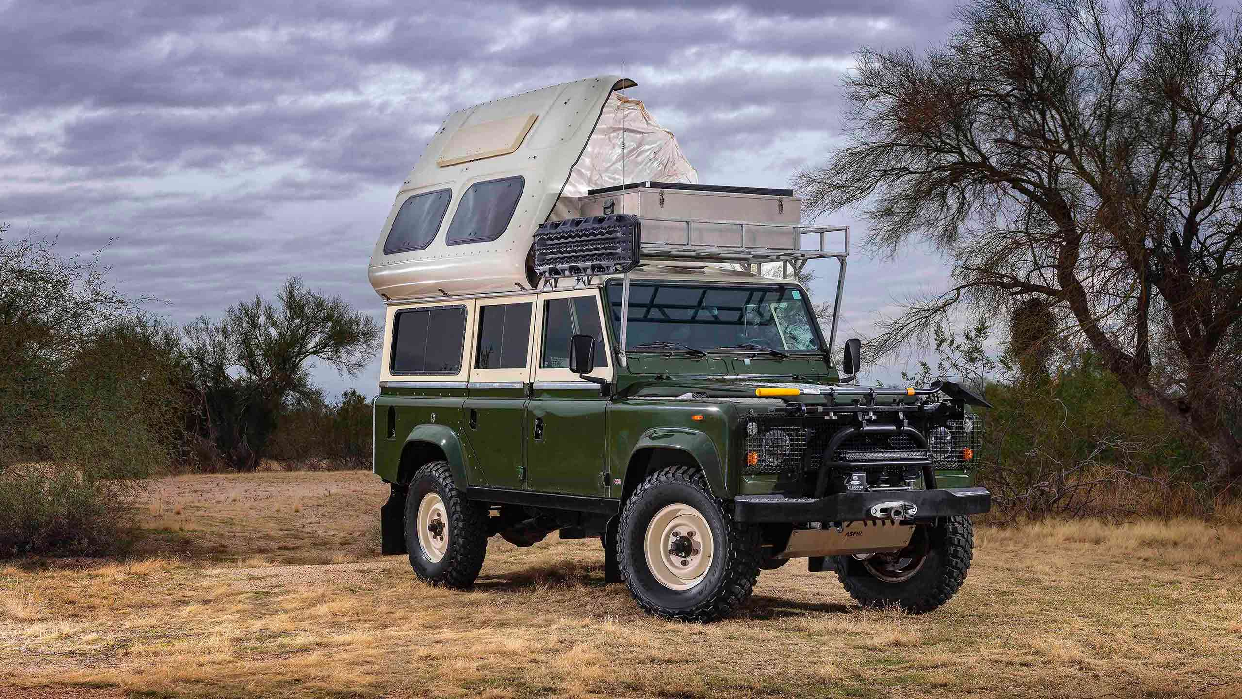 1984-Land-Rover-Defender-110-