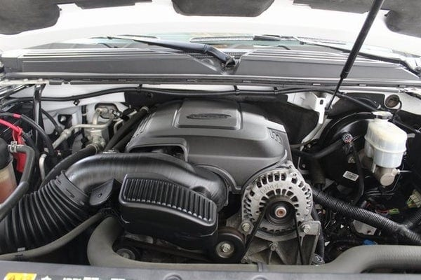 2013 Chevy Suburban LTZ Engine
