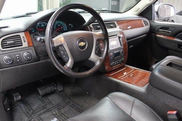 2013 Chevy Suburban LTZ interior