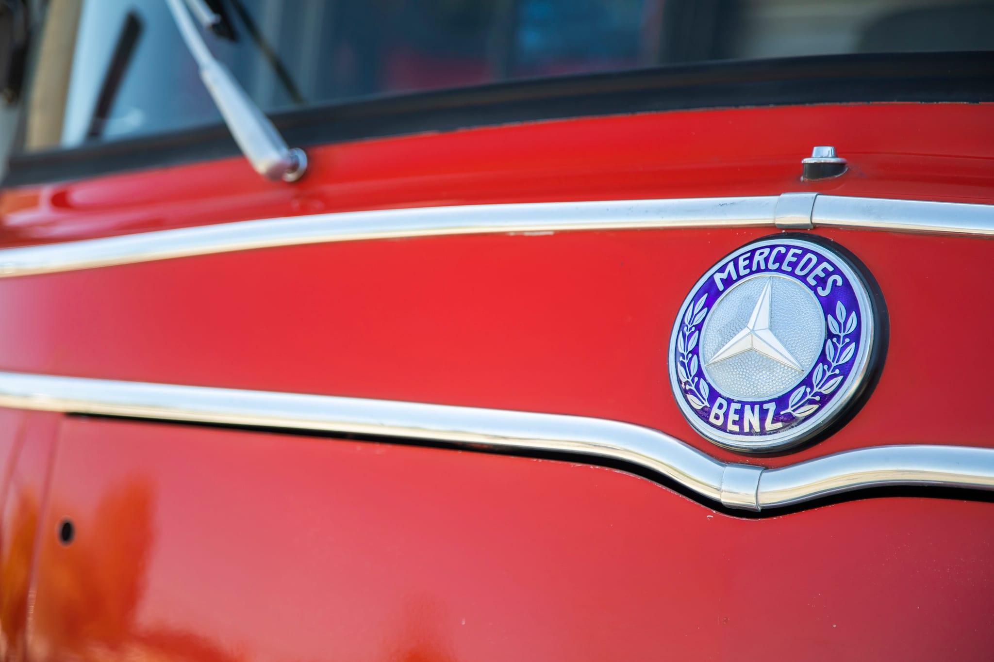 1965_mercedes-benz_lt-8_l319_firetruck