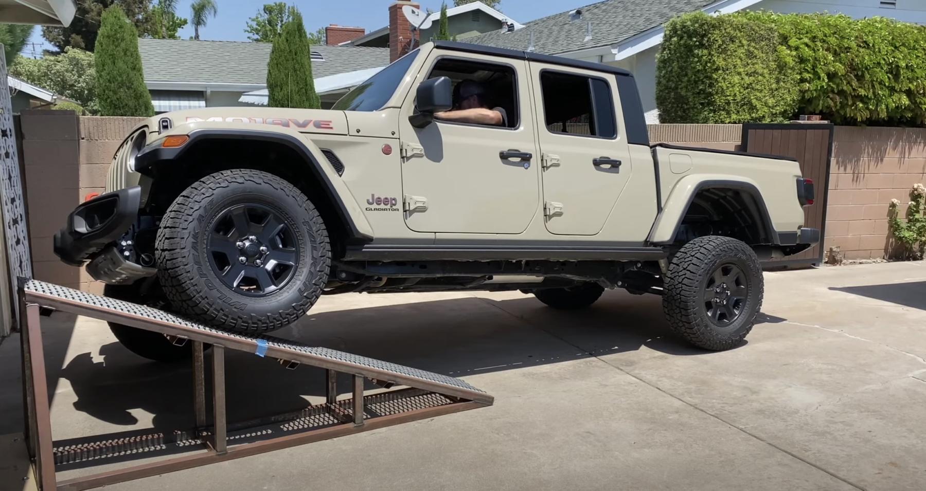 Jeep Gladiator Mojave climbs a ramp