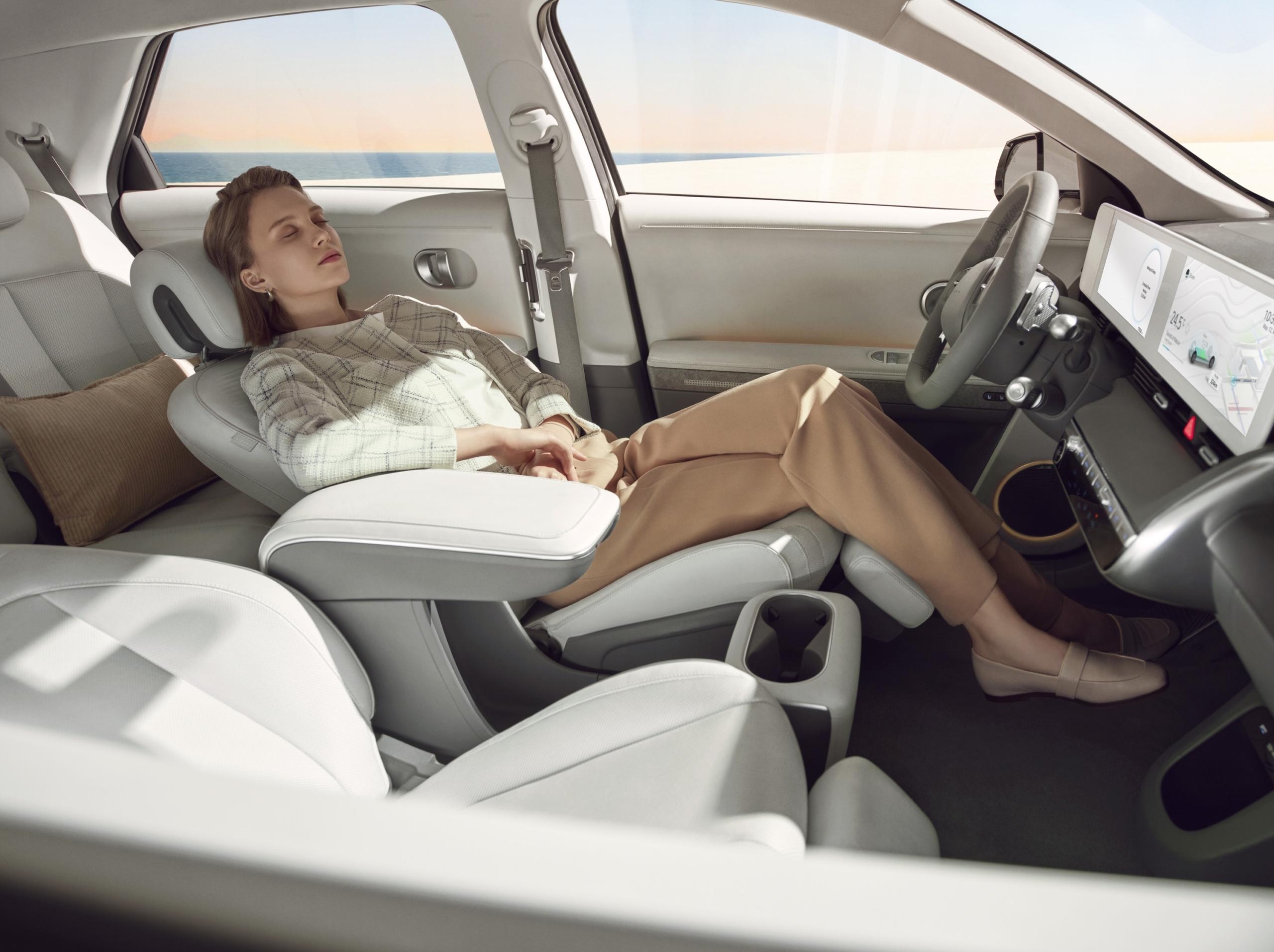 Hyundai Ioniq 5 interior lounge