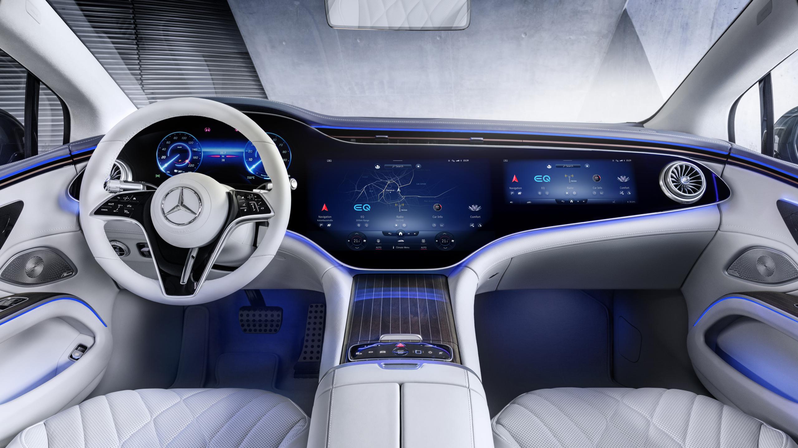 Mercedes-EQ EQS screen